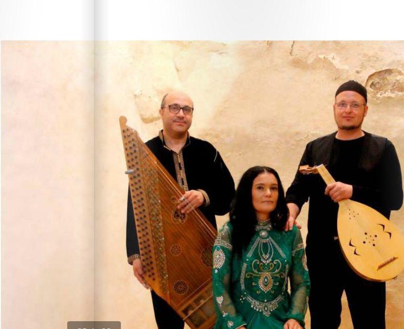 Mara Aranda, elegancia y tradición en la Sinagoga del Agua